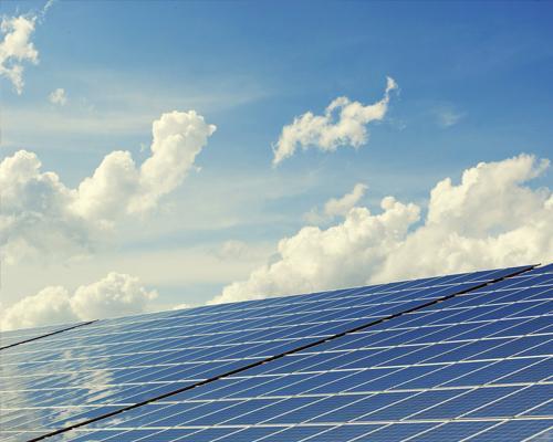 Solaranlage aus  Erlenbach
